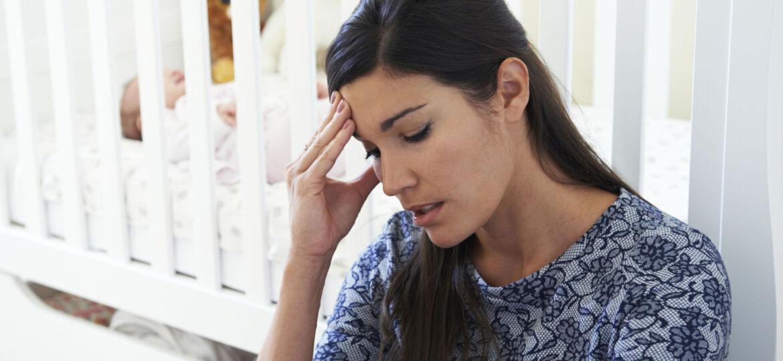 mother_dealing_with_postnatal_depression